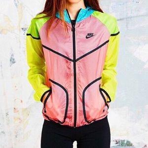 Nike Tech Hyperfuse Windrunner Women's Jacket